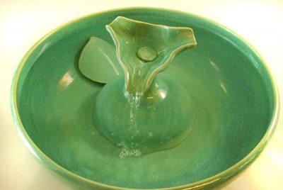 ceramic exotic cat fountain