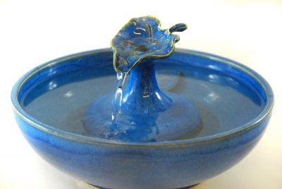 blue leaf ceramic cat fountain