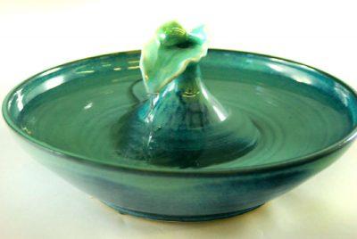 beautiful ceramic cat fountain