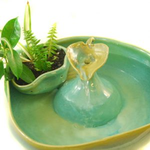 Outdoor/Indoor Planter Fountain